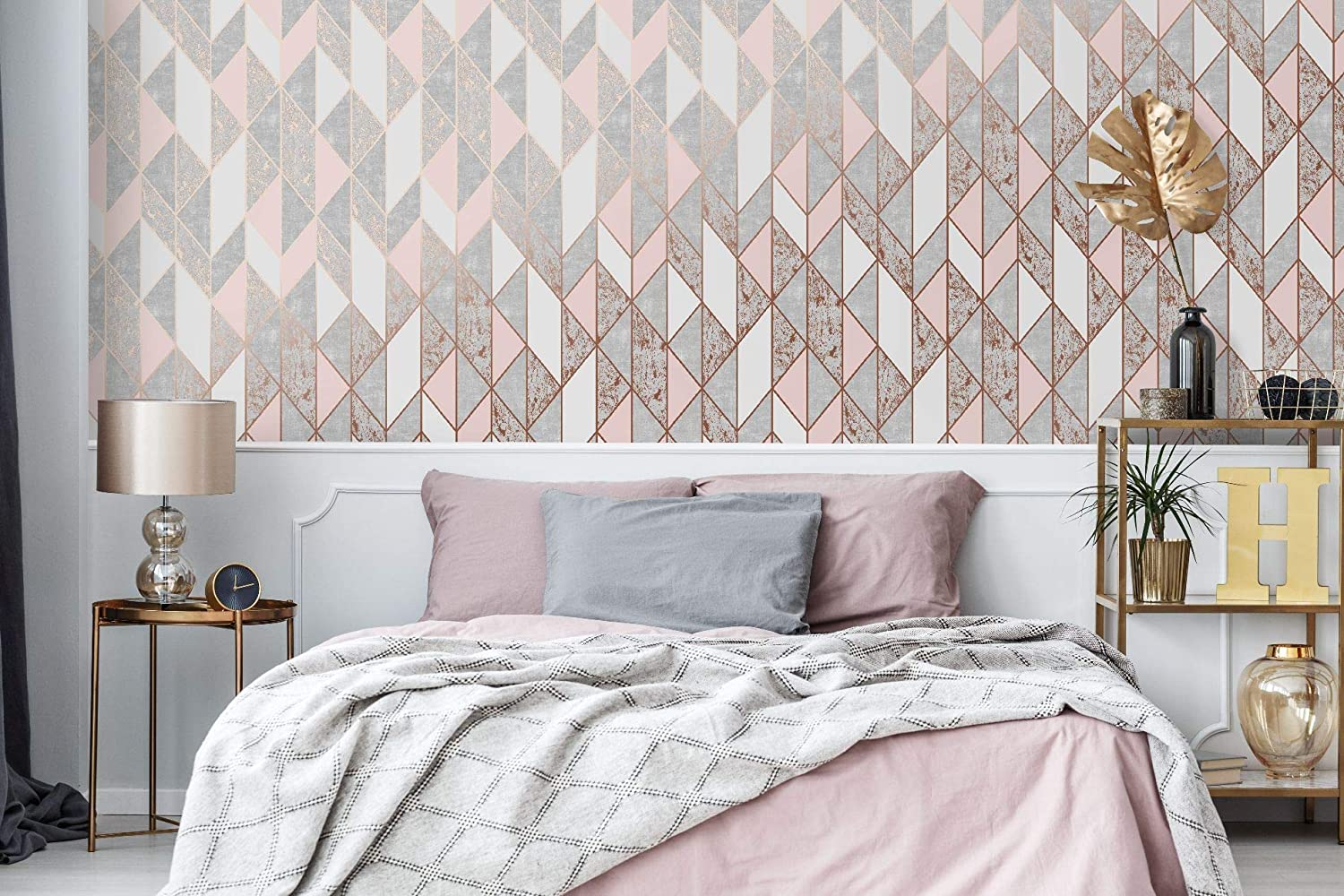 Amazon Com Milan Geo Blush And Rose Gold Wallpaper Home Improvement