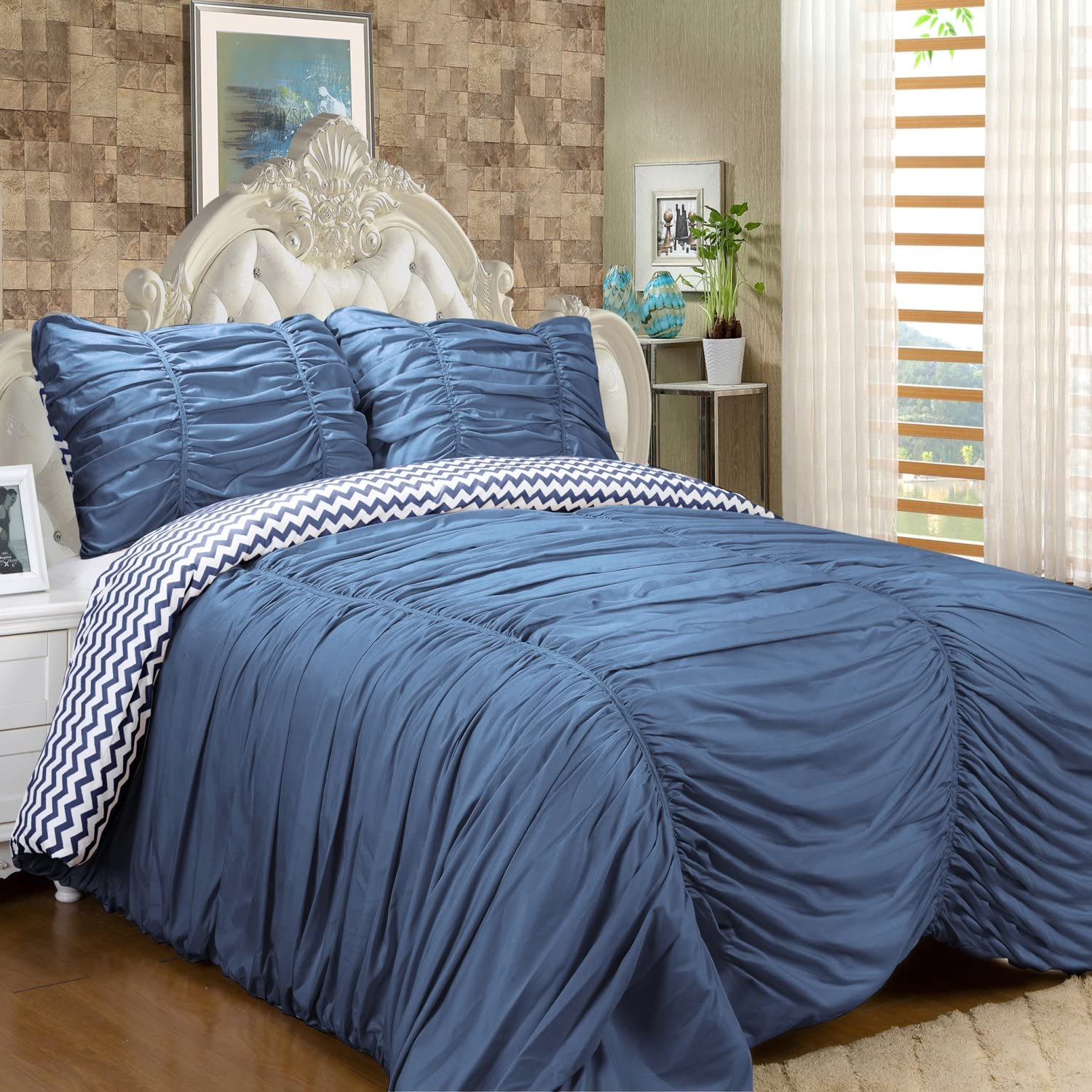 White Queen Sweet Home Collection 3 Piece Isabella Comforter Reversible Ruched//Chevron Print Comforter