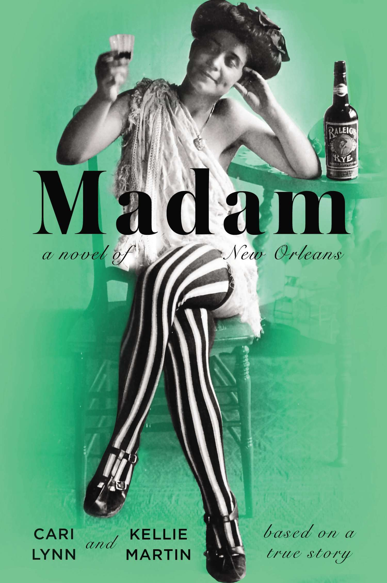 amazon com madam a novel of new orleans 9780142180624 cari lynn