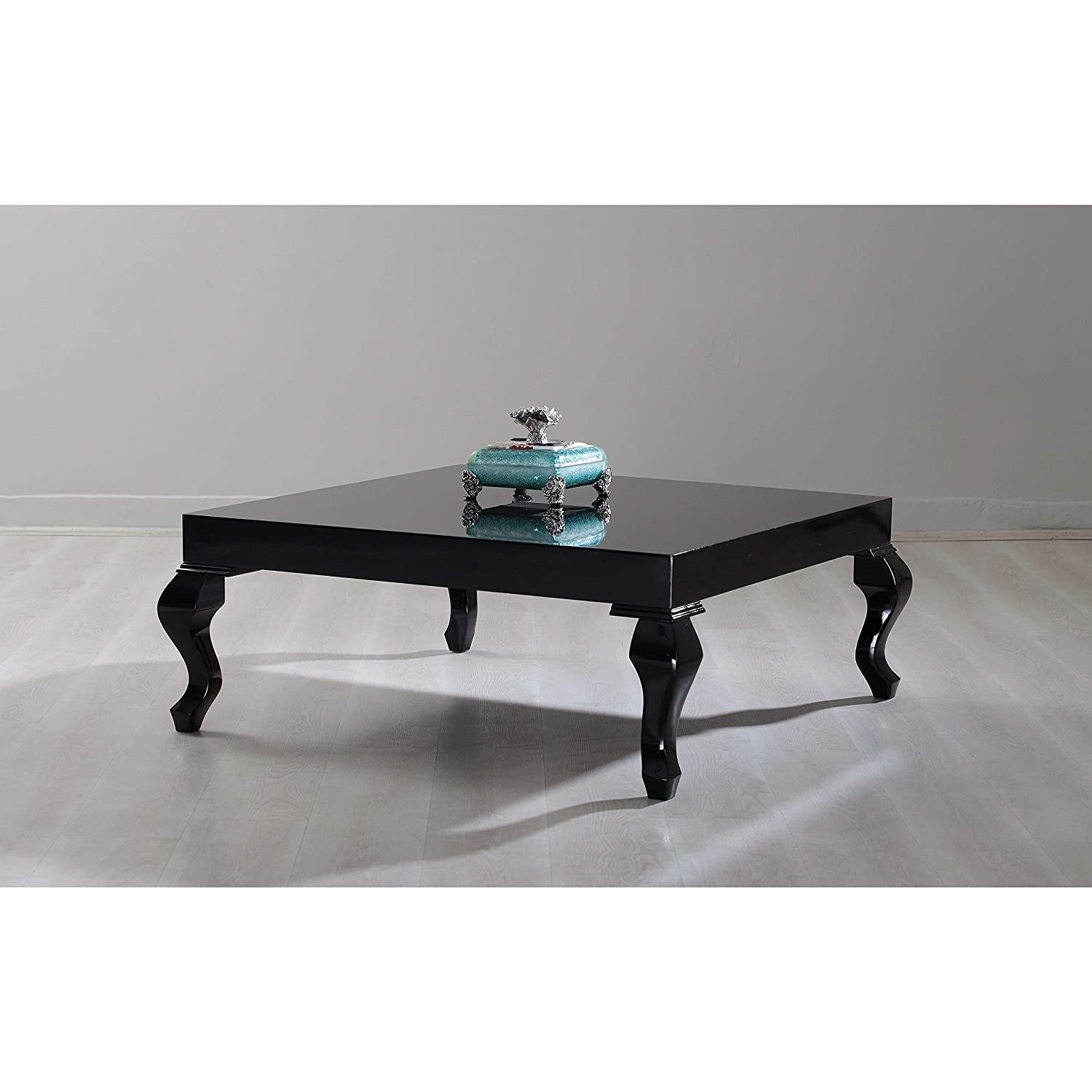 2019 year looks- Lacquer Black coffee table pictures