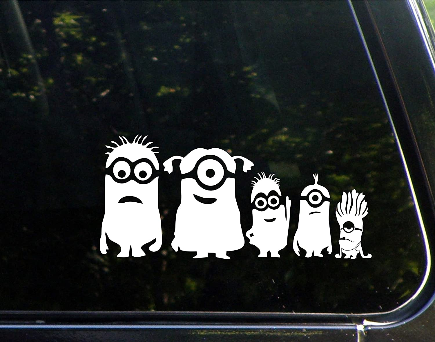 Amazoncom Minion Family  X  Vinyl Die Cut Decal Bumper - Family car sticker decals