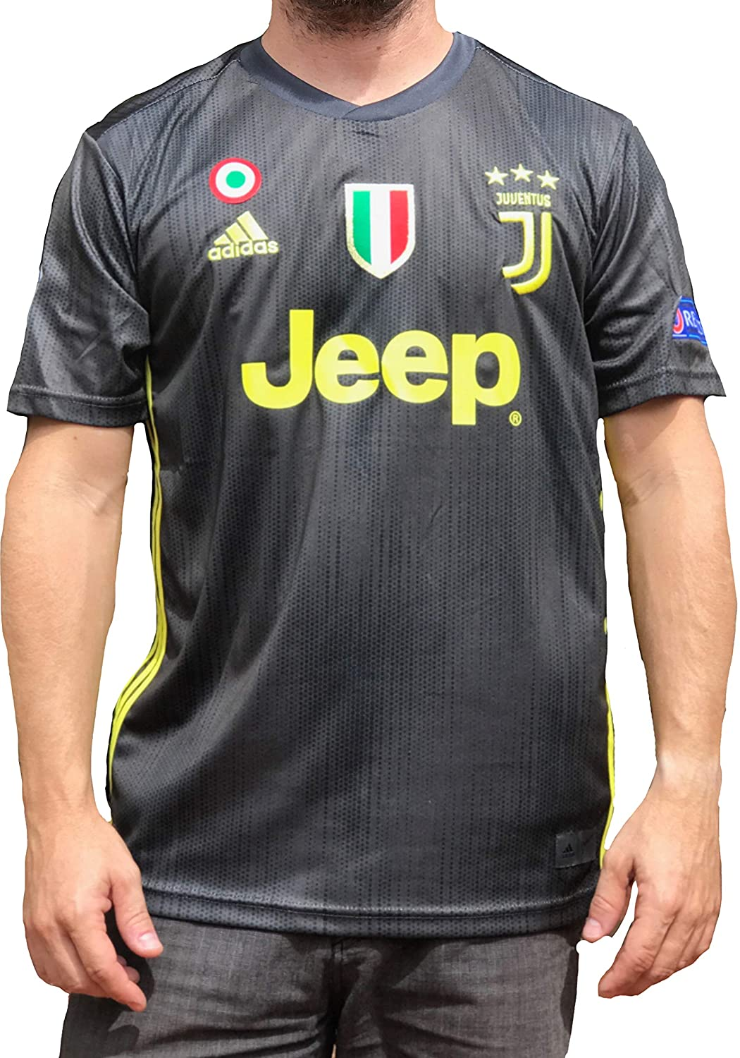 big sale a1abd 8042e Juventus Ronaldo No.#7 Soccer Jersey 2018 2019 Serie A Calcio d'Italia -  New Black and White Home Soccer Jersey 2019