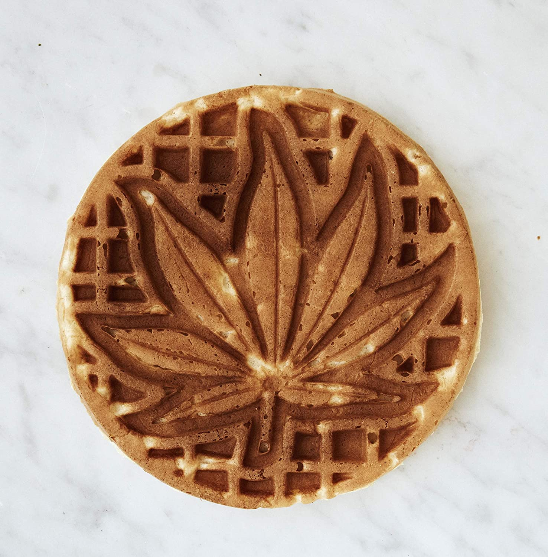 Waffleye Waffle Maker Cannabis Leaf-Shaped Waffle Maker