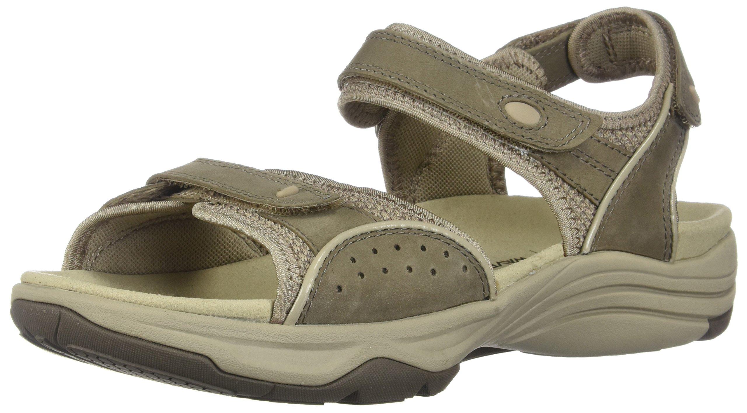 CLARKS Womens Wave Grip Sport Sandal, Sage, 8.5 B(M) US