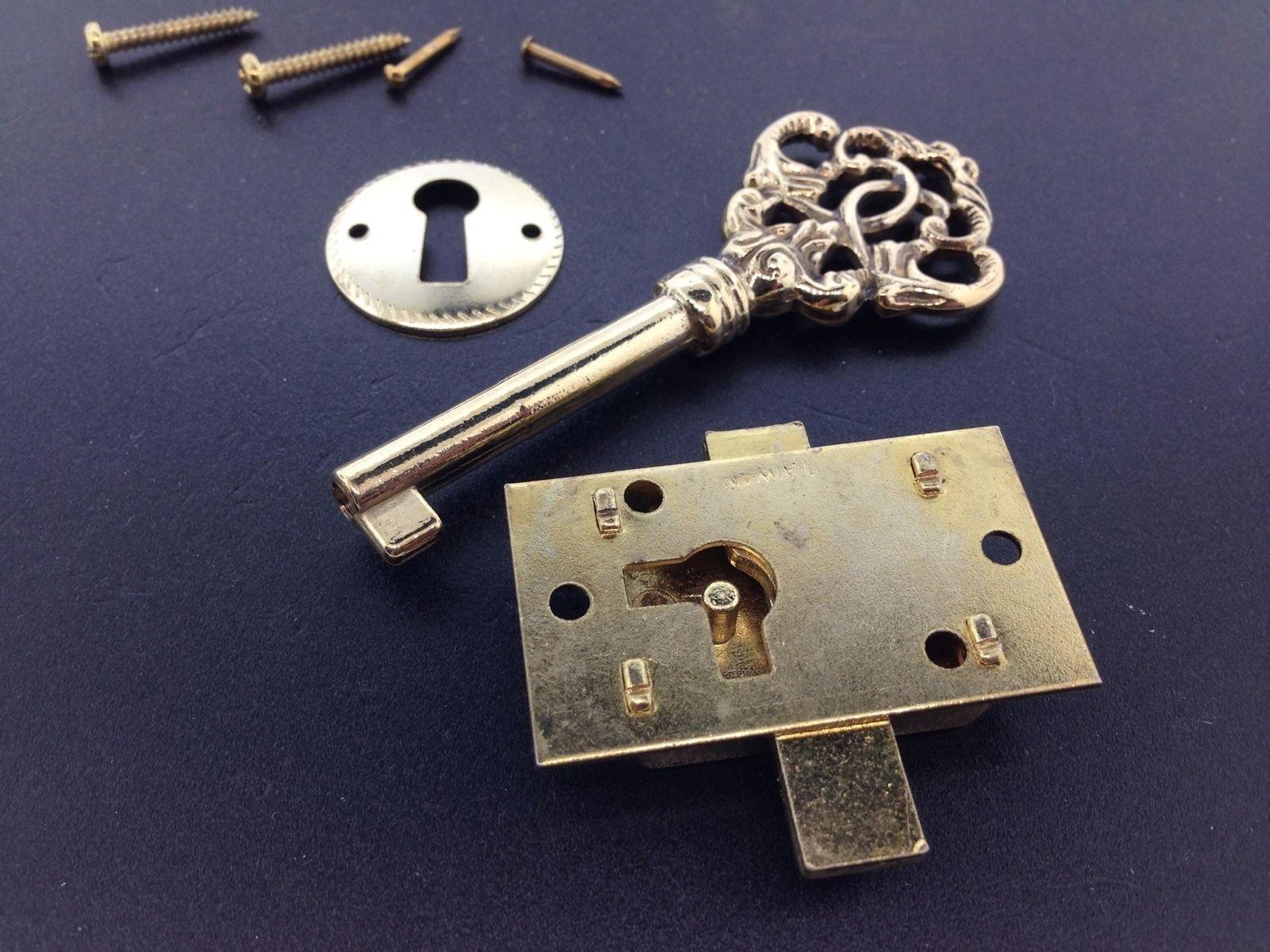 USA Premium Store Fancy Brass Curio Cabinet Front Door key and Lock Set