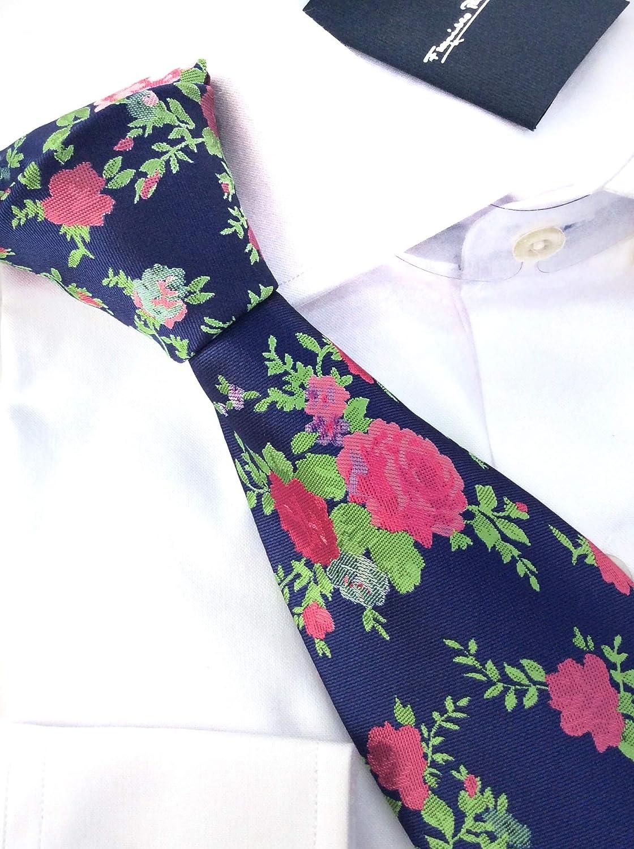 Francisco Pavón Corbata de fondo azul con rosas de color rosa y ...