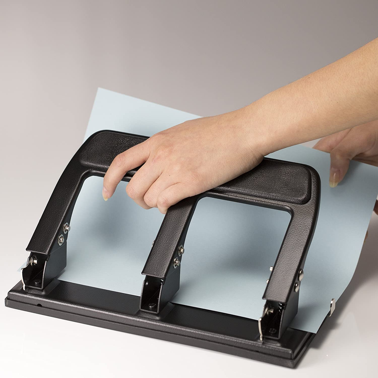 Officemate Heavy Duty 3 Hole Punch with Padded Handle, 40-Sheet Capacity, Black (90089), Medium (25-99) : Manual Multi Hole Paper Punches : Office Products
