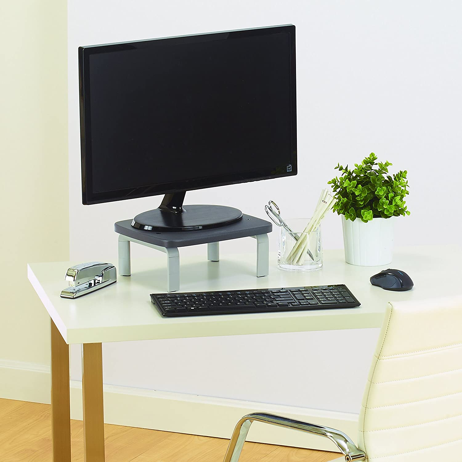"Amazon.com: Kensington SmartFit Monitor Stand for up to 21"" screens ..."