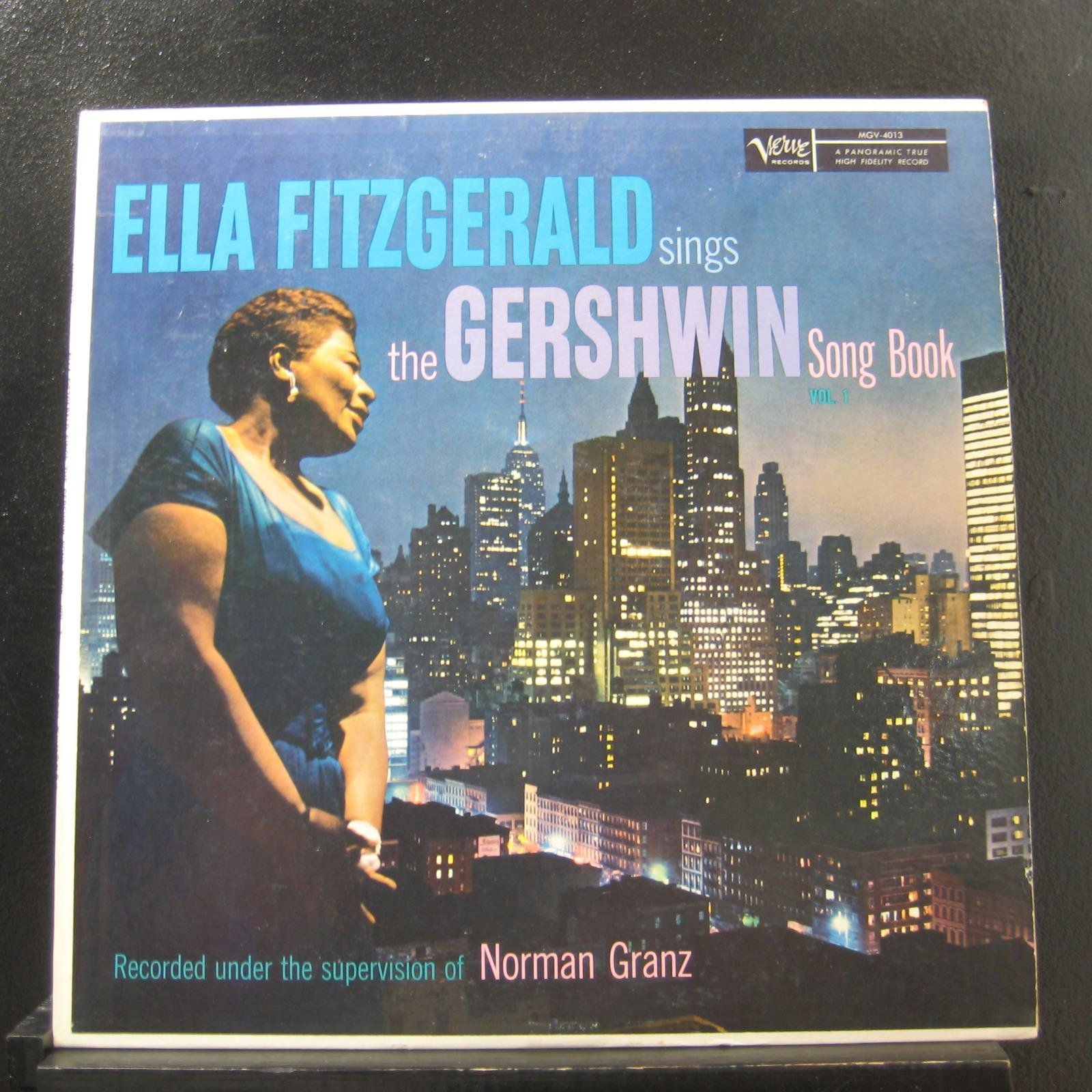 Ella Fitzgerald Sings the Gershwin Song Book (Volume 1)