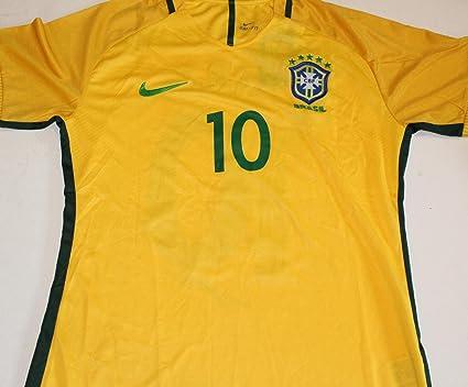 4c5679808 Signed Kaka Jersey - Brazil w COA Futbol Brasil Medium  10 ...