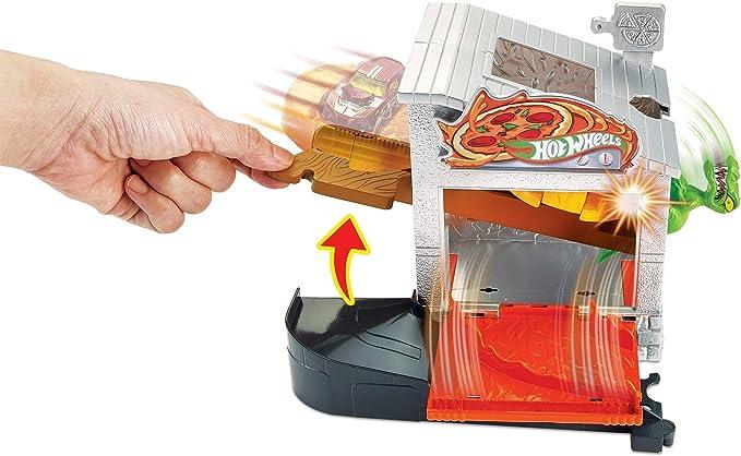Mattel Hot Wheels-City Dino-Ataque a la pizzería, Pistas de Coches de Juguetes niños +4 años, Multicolor GBF90: Amazon.es: Juguetes y juegos