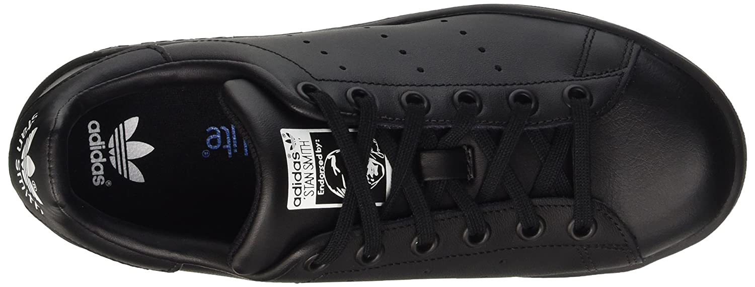 cheap for discount 8a9e6 5699f Amazon.com   adidas Originals Stan Smith J Kids Sneaker Black M20604    Fashion Sneakers