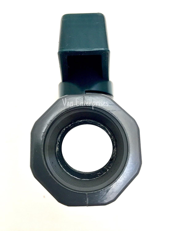 1 NPT x 3//4 GHT PVC Garden Hose Adapter