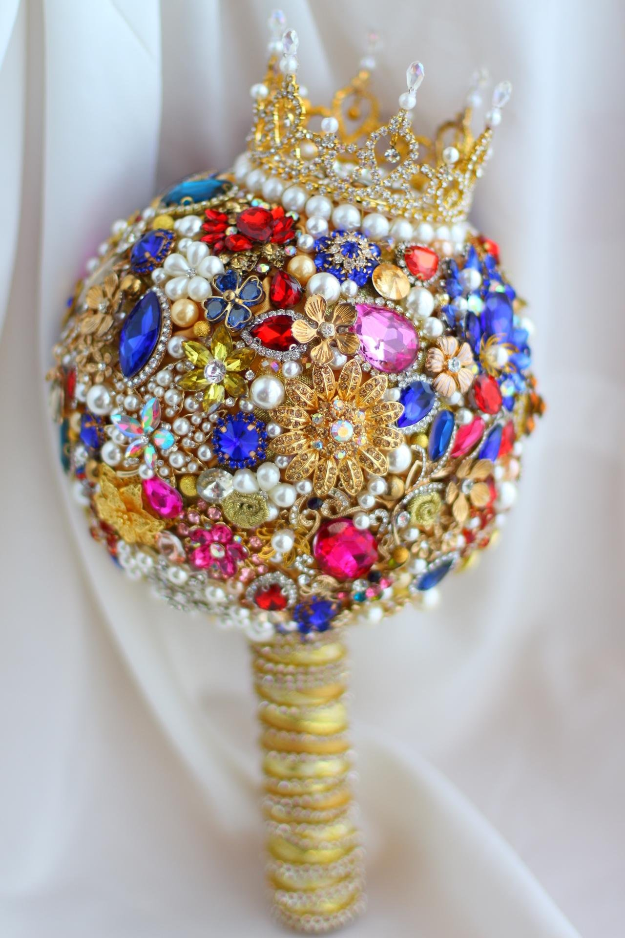 Iffo royal style gem custom bouquet small crown section (Little Crown)