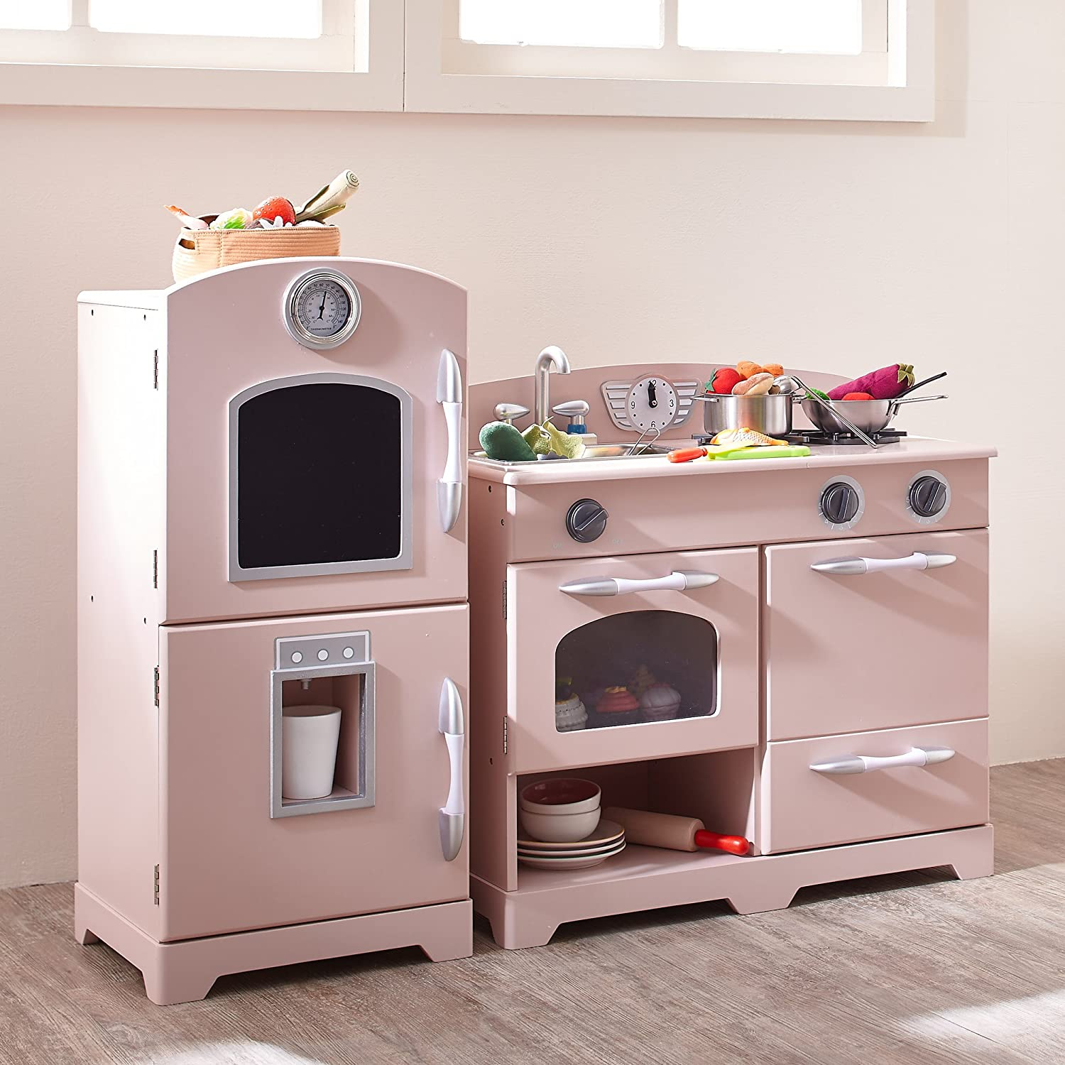 Amazon com teamson kids retro wooden play kitchen with refrigerator freezer oven and dishwasher pink 2 pieces toys games