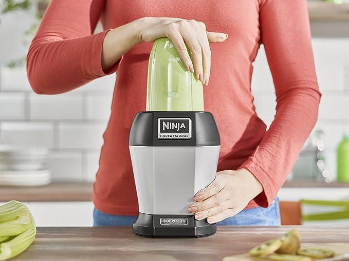 Ninja BL450 Batidora de Vaso, Acero Inoxidable, 900 W, 0.65 litros, Negro, Plata