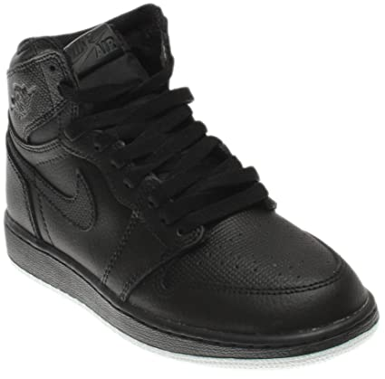 new style e77e8 e9f54 Amazon.com  Nike Jordan Men s Air Jordan 1 Retro High OG Black White Black  Basketball Shoes Size 6Y (GS)  Jordan  Sports   Outdoors
