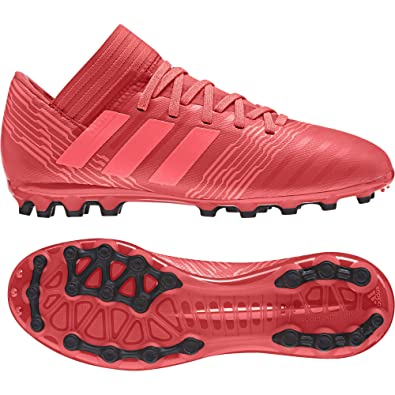 the latest 0d78e 4af06 adidas Nemeziz 17.3 AG, Chaussures de Football Mixte Enfant Amazon.fr  Chaussures et Sacs