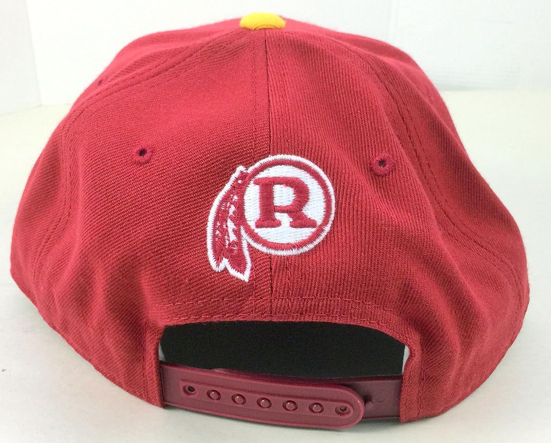 f882aafb891 Amazon.com   Washington Redskins Vintage Classic Retro Snapback NFL Hat    Sports Fan Baseball Caps   Sports   Outdoors