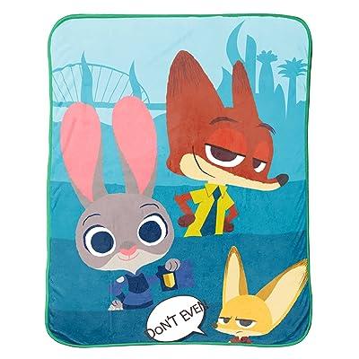 """Disney/Pixar Zootopia \'Bunny Ears\' Plush Throw, 50\"""" x 60"""": Home & Kitchen [5Bkhe1103018]"""