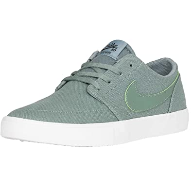 a846529c1d3a Nike SB  Solarsoft Portmore II  Clay Green Clay Green Black.  Amazon ...