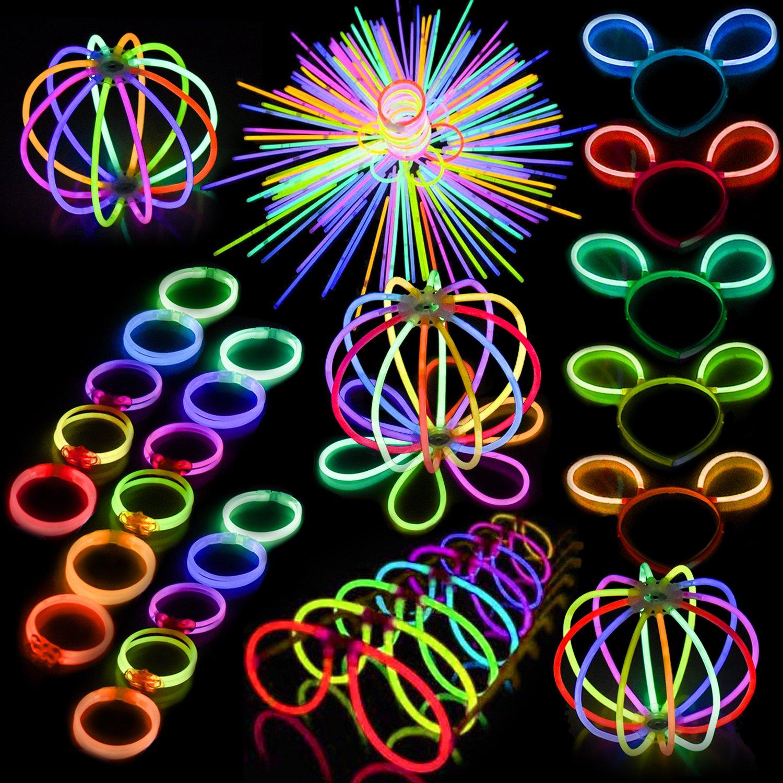 FUN LITTLE TOYS 200Pcs Glow Sticks 300Pcs Glow Sticks Connectors Party Favors Bulk Glow in The Dark Party Supplies
