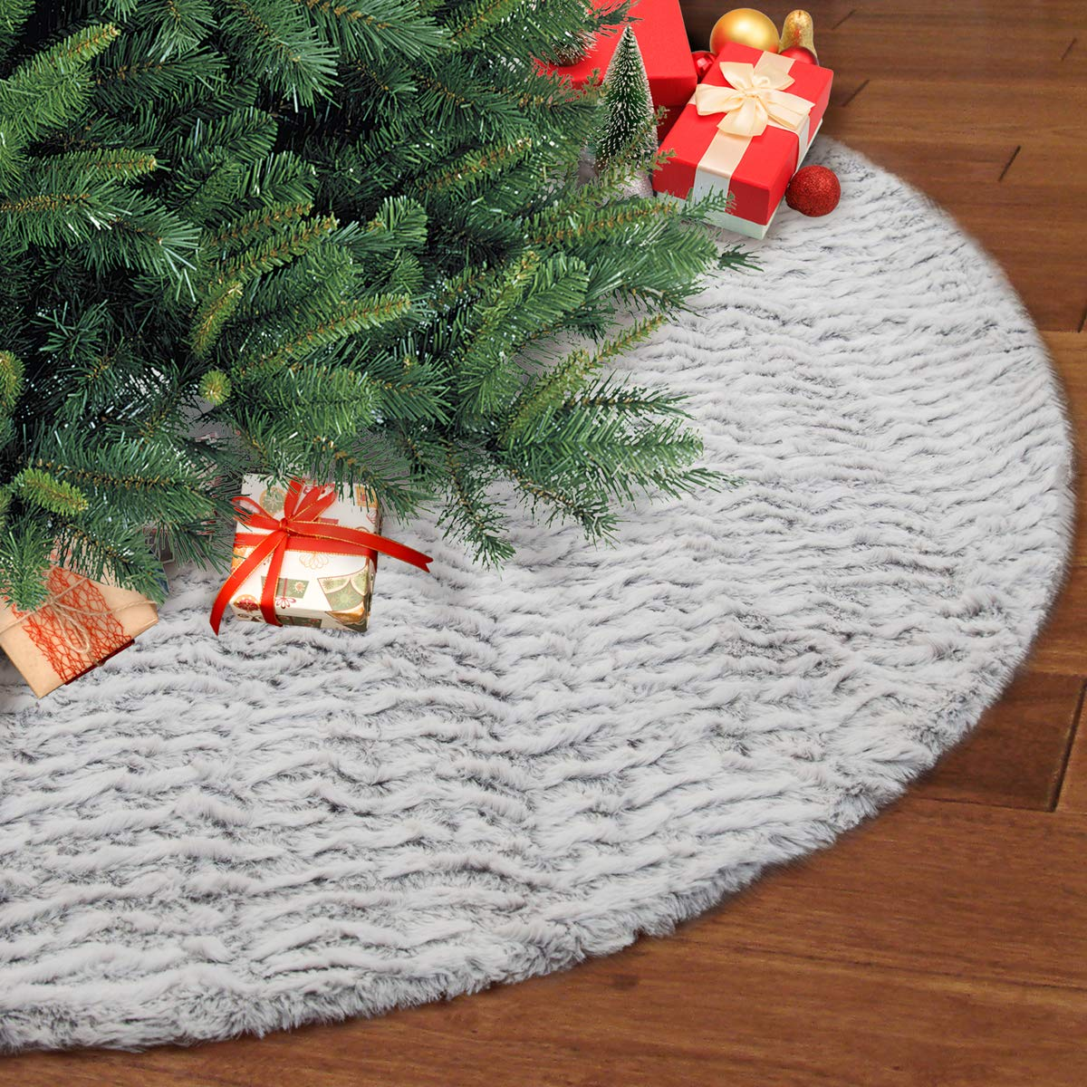 S-DEAL 48 Inches Faux Fur Christmas Tree Skirt Decoration Double Layers Soft Carpet Xmas Holiday Party Ornaments Indoor Outdoor Decorative Gift Grayish White