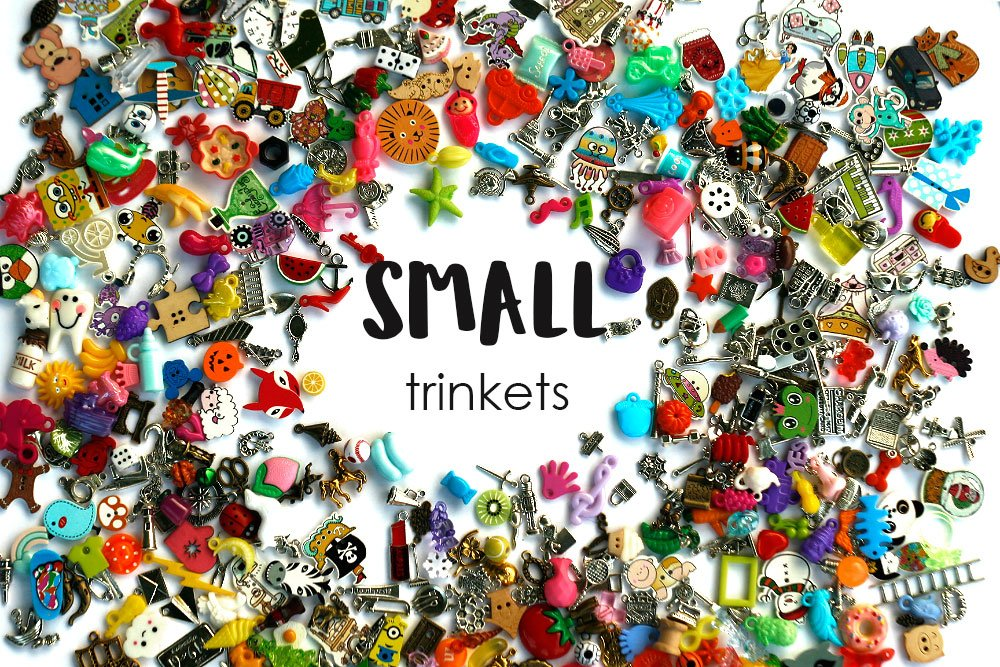 TomToy Small Mixed I Spy trinkets for I spy Bag/ Bottle, Children Crafts, Language Games, 1-3cm, Set of 20/50/100/...500 (400 trinkets)