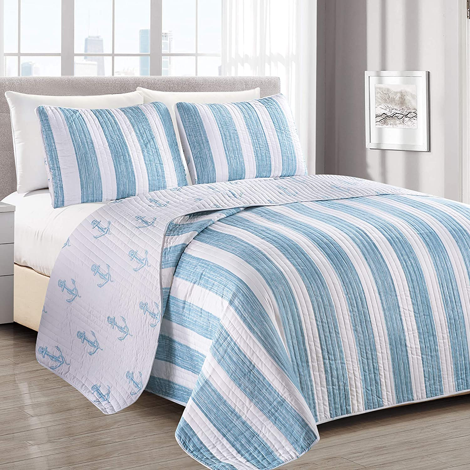 Casco Bay Coastal Collection 3 Piece Quilt Set with Shams. Reversible Beach Theme Bedspread Coverlet. Machine Washable. (Full/Queen, Blue)