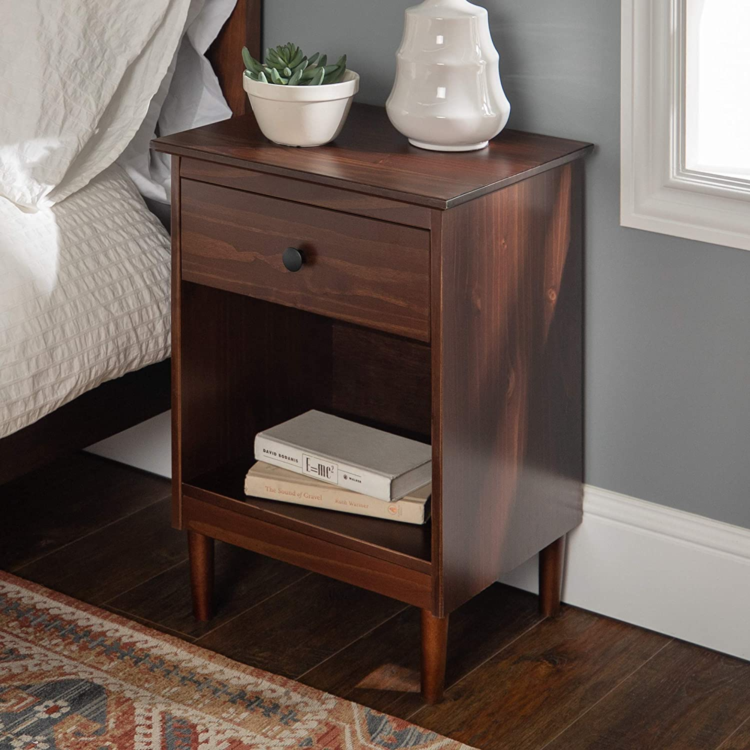 Walker Edison Furniture Company Traditional Wood 1 Nightstand Side Bedroom Storage Drawer and Shelf Bedside End Table, 18 Inch, Walnut Brown