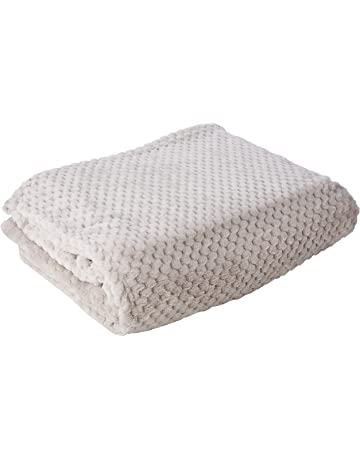 ... Fleece Throw Over Sofa Bed Soft Warm Blanket eb62ac1dc