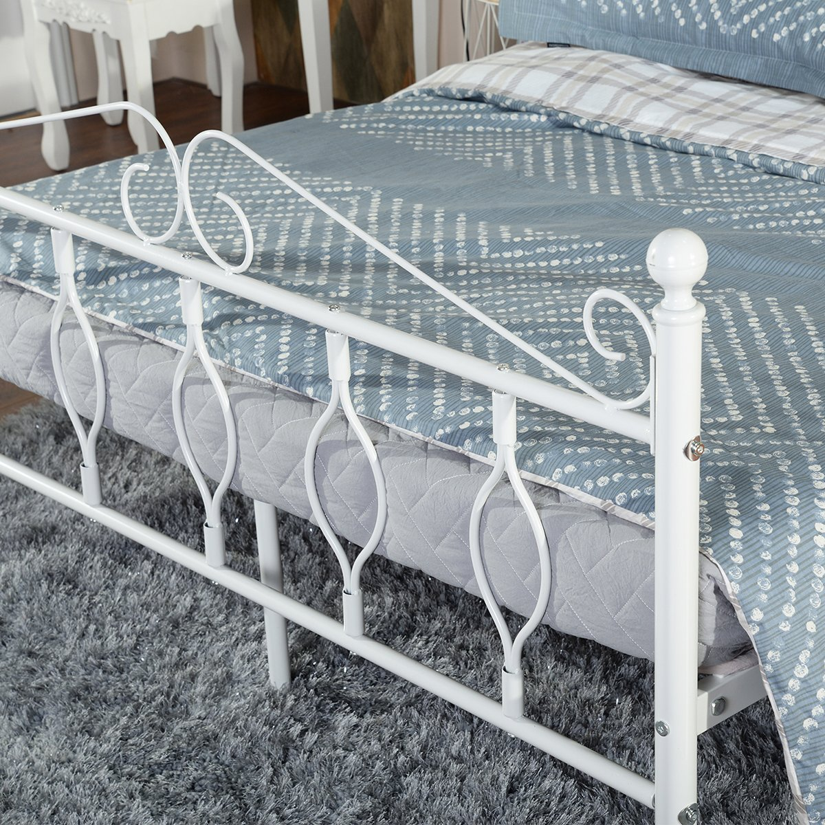 32076b6cd92 GreenForest Twin Bed Frame Metal Platform Complete Bed with Vintage  Headboard and Footboard Box Spring Replacement larger image