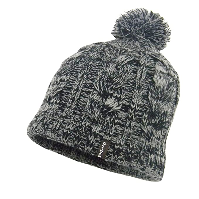 bb0c04b5488 Amazon.com  DexShell Waterproof Cable Knit Pompom Beanie Gray  Clothing