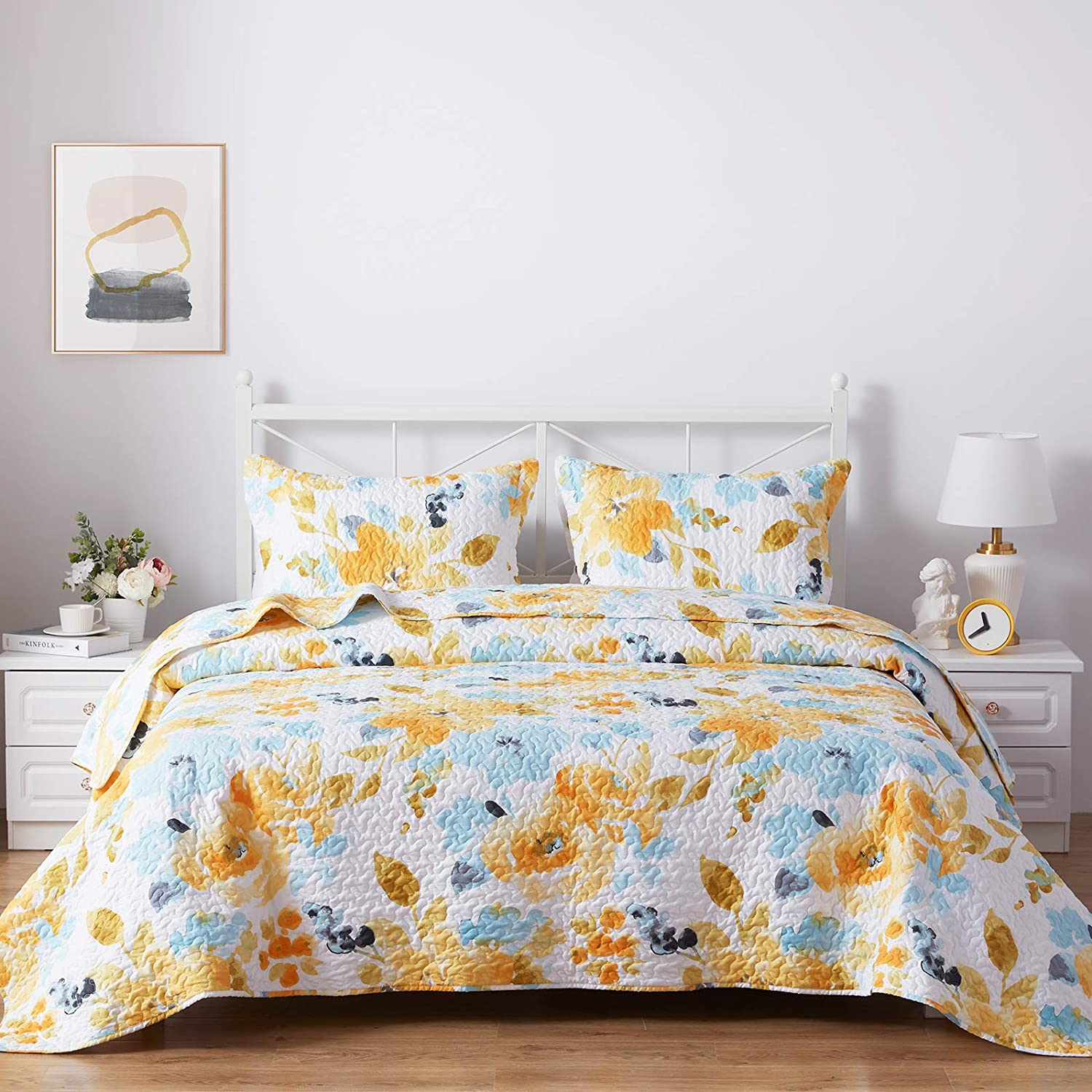 SunStyle Home 3 Piece Bed Quilt Set King Size, Lightweight Microfiber Soft Coverlet Reversible Quilted Pattern Bedspreads Comforter Set for All Season (1 Quilt + 2 Sham, Yellow Flower)