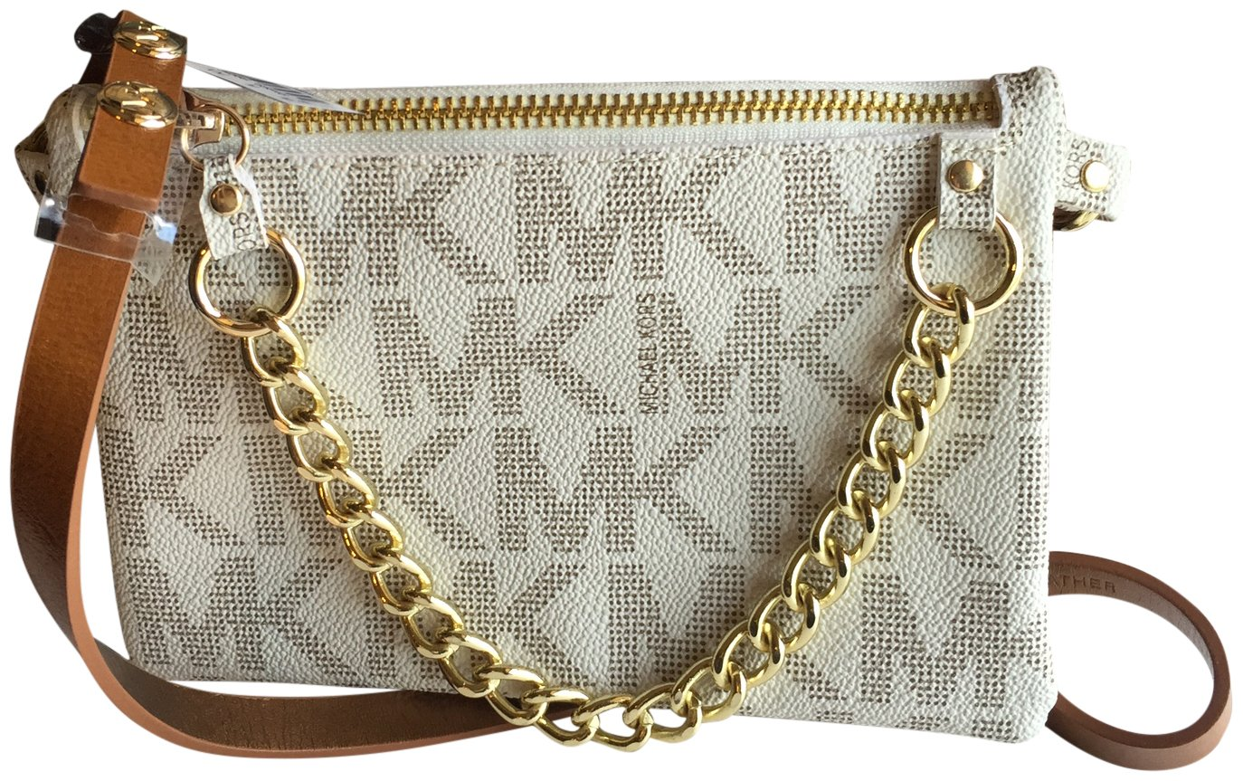 13f2875e75bf Michael Kors MK Signature Fanny Pack Belt Bag Vanilla Medium  Amazon.co.uk   Sports   Outdoors