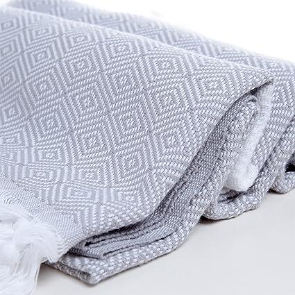 Diseño de diamantes algodón toalla Pestemal blanco en gris. Turco toalla. Turco toalla de
