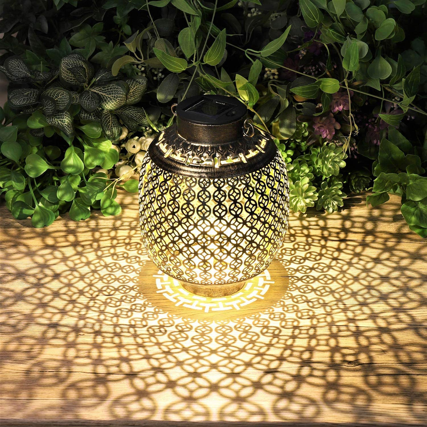 2 Pack Solar Lanterns Outdoor Hanging, Solar Lights Outdoor Decorative for Garden Patio Yard Lawn and Tabletop.