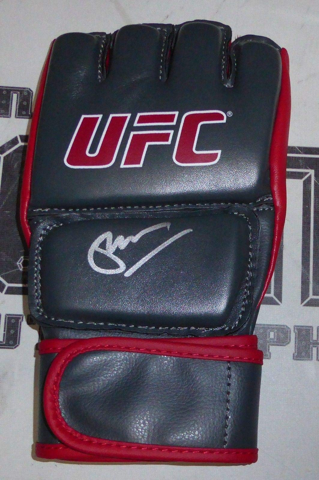 Glenn Robinson Signed UFC Glove COA The Ultimate Fighter 21 Autograph PSA/DNA Certified Autographed UFC Gloves