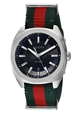 9ce795f156a Amazon.com  Gucci Swiss Quartz Stainless Steel and Nylon Dress Green Men s  Watch(Model  YA142305)  Watches