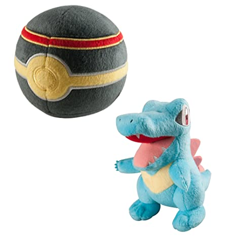 TOMY Pokemon Plush Figure Totodile with Luxury Poke Ball 15 cm Peluches
