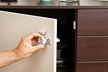Magnetic Child-Proof, Baby-Proof Safety Locks for Drawers, Cabinets and  Cupboards - Self Adhesive with 2 Keys  Ideal for Security of Baby Kid Child  or