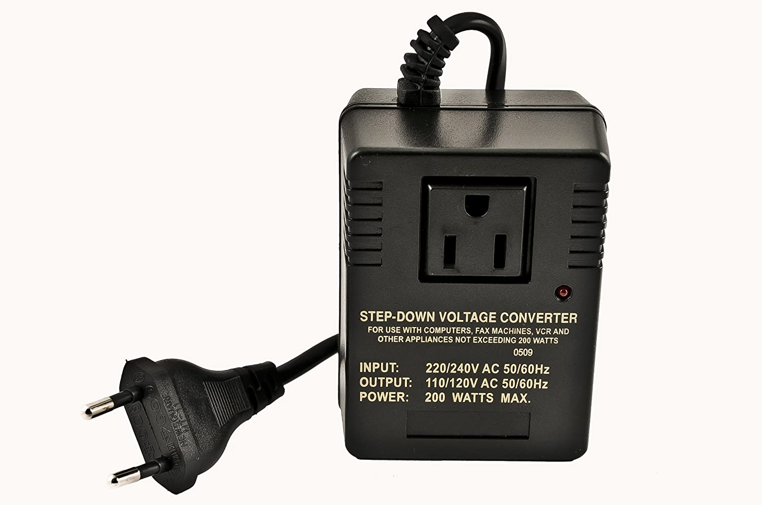 VCT VM 200 Deluxe Step Down Voltage Converter for Travel to 220V/240V Countries-200-watt VCT Electronics VM200