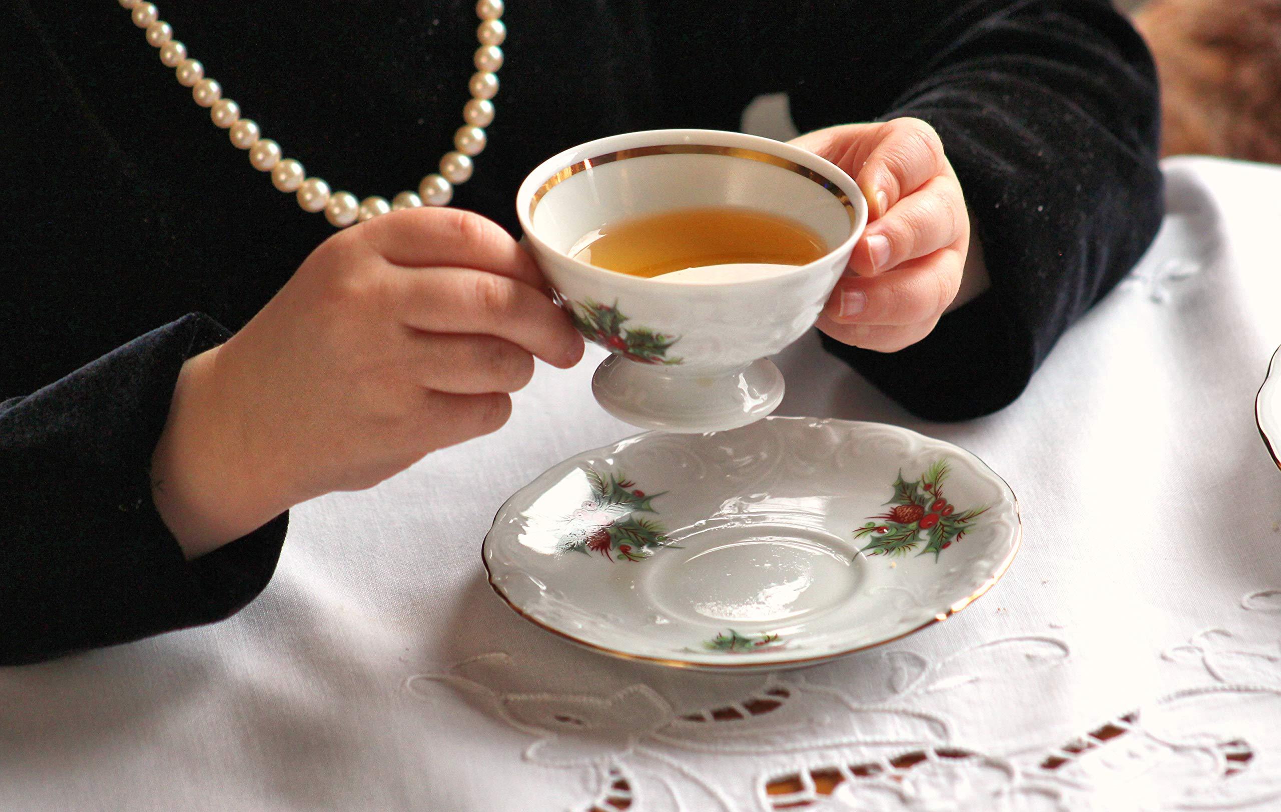 Wawel Tea with Grace Christmas Berry Fine China Tea Set for Children by Wawel (Image #6)