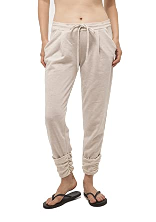 7d66eaf7a Hollywood Star Fashion Women's French terry capri jogger pants (Small,  Biege) at Amazon Women's Clothing store: