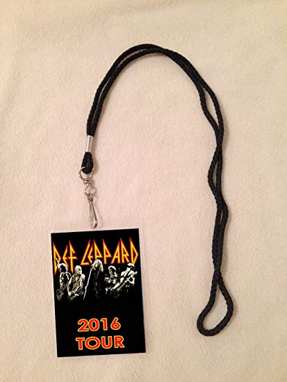 Amazon def leppard 2016 tour vip all access backstage meet def leppard 2016 tour vip all access backstage meet greet package pass with lanyard m4hsunfo