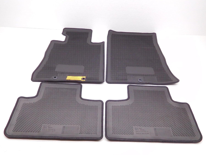 Genuine Hyundai 84765-2E201-LM Pad Cover Assembly