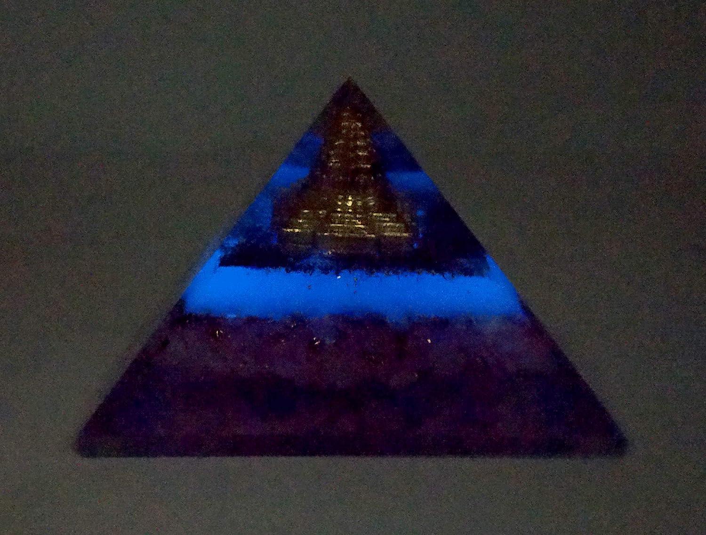 pir/ámide orgona NewAgeHealings Pir/ámide de orgonita Que Brilla en la Oscuridad 70-85 mm, pir/ámide de Cristal pir/ámide de organito