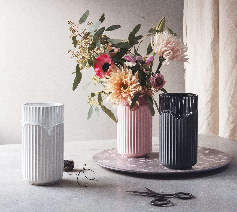 Lyngby Porcelain - Vase Blaumenvase mit Laufglasur - - - Porzellan - schwarz - Höhe 20 cm B07BN4JS2N Vasen 0dd2ca