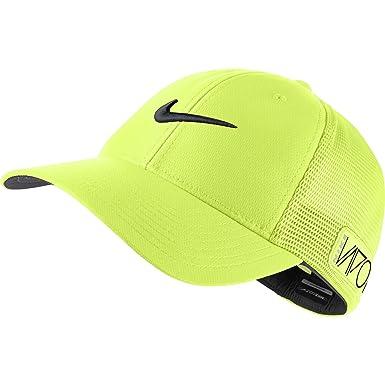5d1b0704219 Amazon.com  NIKE 2015 Golf Tour Legacy Vapor RZN Mesh Fitted Cap Color   Volt Size  L XL  Clothing