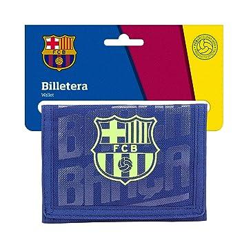 Amazon.com: FC Barcelona 2018 - Funda para tarjeta de ...
